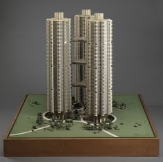 Bertrand Goldberg's River City model of unbuilt triad towers, Chicago, IL, Unique Architecture, Architecture Drawings, Architecture Plan, City Model, Paris Art, Grand Designs, Art Institute Of Chicago, Chicago Illinois, River