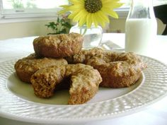 Baked whole wheat apple cider doughnuts - Can doughnuts be healthy and still be yummy?