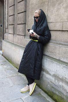 Αποτέλεσμα εικόνας για street fashion PUFFER JACKETS