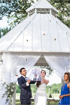 miami-wedding-photographer-rustic-outdoor-butterfly release
