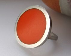 QuercusSilver, Big Ring - Round Orange Resin & Silver Ring