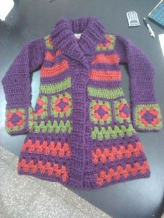 mix of knitting and crochet - Baby Girl Crochet, Cute Crochet, Crochet For Kids, Knit Crochet, Boho Crochet Patterns, Crochet Square Patterns, Crochet Jacket, Crochet Cardigan, Granny Square Sweater