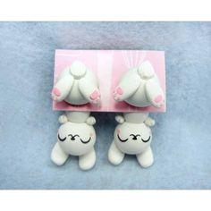 Joking Bunny,White Bunny Clinging Ears,fimo, handmade,hecho a mano,polymer clay,cuelga orejas,earrings,conejo blanco,pendientes,