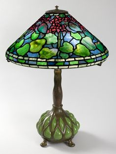 "Tiffany Lamp - ""Geranium"" Leaded Glass"