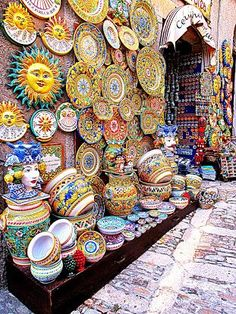 Erice. Sicilian ceramics. Sicily.