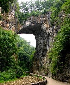 I'm bummed I didn't get to go to Natural Bridge when I lived in Virginia.