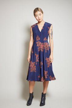 No.6 V-Neck Dress in Full Bloom Navy Silk