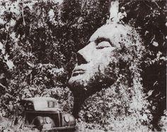 (adsbygoogle = window.adsbygoogle    []).push();   Hace más de medio siglo, en lo profundo de las selvas de Guatemala, una gigantesca cabeza de piedra fue descubierta. El rostro tenía rasgos finos, labios delgados y nariz grande y su rostro estaba dirigida hacia el cielo....