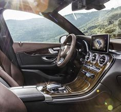 Mercedes #GLC interior