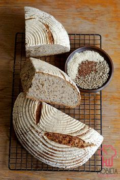 Chleb na zakwasie z siemieniem, słonecznikiem i sezamem Food Porn, Dairy, Blog, Blogging, Treats