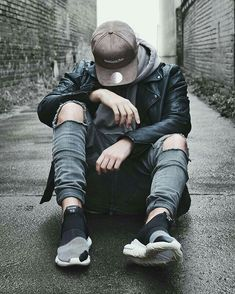 Cool Boy New Poses Pic Photography Poses Poses for boy Portrait Photography Men, Photography Poses For Men, Creative Photography, Street Photography, Fashion Photography, Alone Photography, Photography Magazine, Nature Photography, Boy Poses