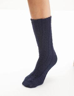 Spiral Socks - Patterns | Yarnspirations