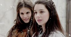 Mary and Kenna Reign Mary, Mary Queen Of Scots, Queen Mary, Queen Elizabeth, Mary Stuart, Reign Characters, Kenna Reign, Reign Season 1, Reign Bash