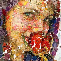 A mosaic with two faces. An art piece applied in two sides of a plexiglas. A mosaic forthe look of love and the beauty of nature.
