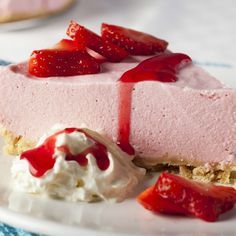 Strawberry Mousse Cheesecake