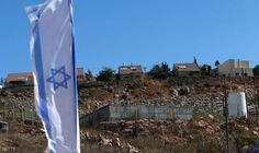 واشنطن: على إسرائيل الاختيار بين السلام أو…: وجهت الولايات المتحدة انتقادا قويا لإسرائيل الاربعاء بسبب موافقتها على بناء وحدات استيطانية…
