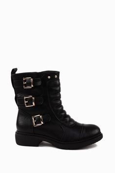 Trendy Quilted Biker Boots  http://jessyss.com/shoes/ankle-boots/1350501800.html?barva=