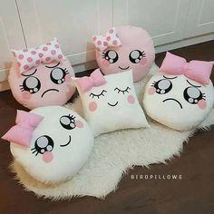 Bow Pillows, Cute Pillows, Sewing Pillows, Teen Bedroom Designs, Cute Bedroom Ideas, Felt Crafts, Diy And Crafts, Cute Furniture, Pillow Crafts
