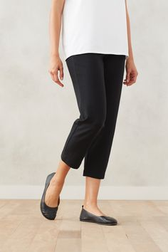 Find extra comfort in our Pure Jill slim crops