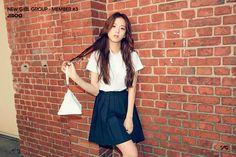 YG Entertainment Introduces Third Member of Their New Girl Group New Girl, Kpop Girl Groups, Korean Girl Groups, Kpop Girls, Yg Entertainment, Jenny Kim, Blackpink Debut, Blackpink Photos, Photos 2016