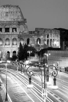 Piazza del Colosseo, Roma.
