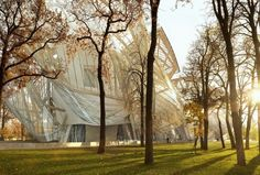 """Frank Gehry """"I told the curator: 'I've made you a violin. Now you've got to play it.'"""""""