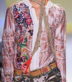 patternprints journal: PATTERNS, PRINTS, TEXTURES AND SURFACES INTO S/S 2017 FASHION COLLECTIONS / NEW YORK 7 - Desigual