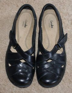 52b245f2c9bc Clarks bendables black leather shoes womens size 6.5M  Clarks   LoafersMoccasins  Casual Clarks
