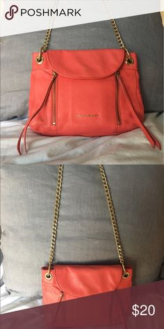 Tangerine Cynthia Rowley Purse Doesn't this bag scream SUMMER?! It's perfect to tote around town with. The strap is super comfy and the bag it's self fits a lot! Cynthia Rowley Bags Shoulder Bags