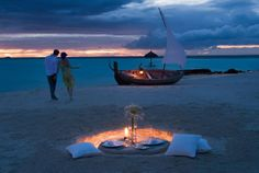 Life time experience - honeymoon or romance holiday in Maldives #voyagewave #maldivesholidays -->>> www.voyagewave.com