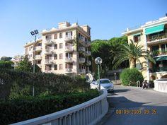 Pietra Ligure , Hotel Paco via Francesco Crispi n. 225