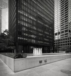 Seagram Building, 1954-1958 Park Avenue, NYC Ludwig Mies Van der Rohe, Philip Johnson, Architects