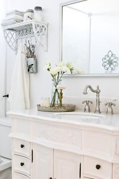 French Cottage Bathr