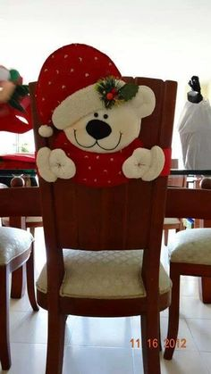 Christmas Bear. Would make a cute felt ornament.