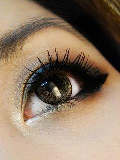 black and gold makeup