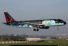 Airbus (OO-SNB)) Brussels Airlines - Painted in Belgian Cartoon Character Tintin Paint Scheme. Airplane Decor, Airplane Design, Commercial Plane, Commercial Aircraft, Civil Aviation, Aviation Art, Private Jet Interior, Airplane Painting, Aircraft Images