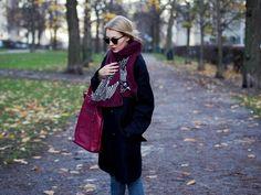 Burgundy accessories. Pupulandia | Lily.fi
