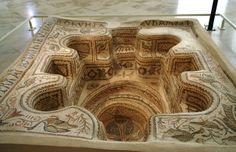Cuve baptismale - période byzantine - provenance Monastère de Bekalta - Musée Archéologique de Sousse (Tunisie)