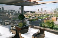 Privacy Screening On Penthouse Roof Terrace In Wapping, London, By Maria  Ornberg, Greenlinesdesign