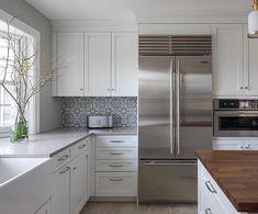 Weu0027re Mesmerized By The Tile Backsplash + Symphony Grey Combo From Metropolitan  Cabinets.