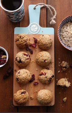 Diyet kurabiye arayanlar için çalıştım:) Kuru Meyveli Yulaflı Şekersiz Kurabiye