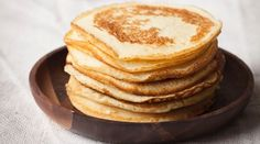 Pancakes, Cook Expert, Chandeleur, Magimix, Recette Pate A Pancake, Hot Cross Buns, Crepes, Sweet Recipes, Baking, Breakfast, Food, Galette, Salad