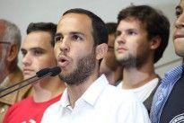 ¡ESTUDIANTES DAN LA CARA POR EL PAÍS! Hasler Iglesias desde la AN llamó a Venezuela a rebelarse contra la injusticia.