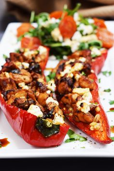 Balsamic Chicken & Feta Stuffed Peppers Basement Bakehouse is part of Balsamic chicken - A delicious Balsamic Chicken & Feta Stuffed Peppers Recipe, perfect for light lunches or dinners and as healthy picnic food! Syn free on Slimming World! Healthy Picnic Foods, Healthy Dinner Recipes, Cooking Recipes, Healthy Dishes, Feta Stuffed Peppers, Feta Stuffed Chicken, Balsamic Glazed Chicken, Balsamic Onions, Salads To Go
