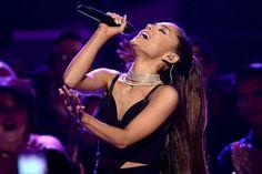 Ariana Grande agota localidades para Manchester