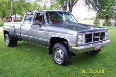 Diesel Pickup Trucks, Dually Trucks, Gmc Pickup, Lifted Trucks, Jacked Up Chevy, Lowered Trucks, Classic Chevy Trucks, Chevy Pickups, Tonne