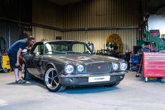 Jaguar – One Stop Classic Car News & Tips Jaguar Xjc, Donk Cars, Car Backgrounds, Xjr, Best Classic Cars, Luxury Cars, Vintage Cars, Super Cars, Jaguar Cars