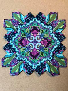 Hexagon Quilt, Hexagons, Millefiori Quilts, Tula Pink Fabric, Kaleidoscope Quilt, Cross Quilt, Quilt Patterns, Quilting Ideas, English Paper Piecing