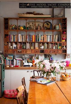 This beautiful eclectic home in the heart of Dorset, England is the perfect balance of Quintessential English country and Marvelous Mexican. The owners Caro and Josh, of Corita Rose, brought the dila Kitchen Dining, Kitchen Decor, Quirky Kitchen, Eclectic Kitchen, Awesome Kitchen, Sweet Home, Bookshelf Design, Bookshelf Ideas, Bookshelf Styling