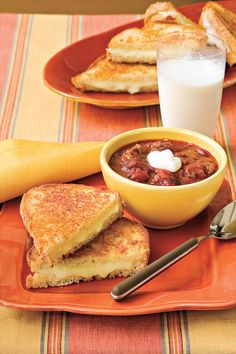 Extra Cheesy Grilled Cheese | Everyone in your family will love the taste of these budget recipes—even the kids! Cheap and quick—those are magic words for busy cooks who don't want to shortchange flavor just to save a few pennies. Our budget-friendly dinner recipes are low on cost and high on creativity. Feel like Italian? Try Cast-Iron Chicken Piccata, Speedy Lasagna, or Chicken Parmesan Pizza. Leaning toward Tex-Mex? Whip up a cheap and quick dinner featuring Southwest Chicken Rice Bowl or